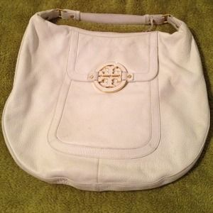 Tory Burch Handbags - Tory Burch Hobo