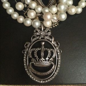 Juicy Couture Jewelry - Juicy Couture Muti-strand Pearl Necklace