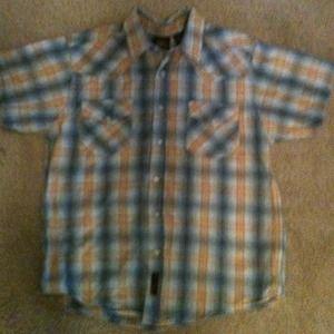 Short sleeve wrangler pearl snap shirt
