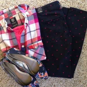 Hollister navy polka dot skinnies