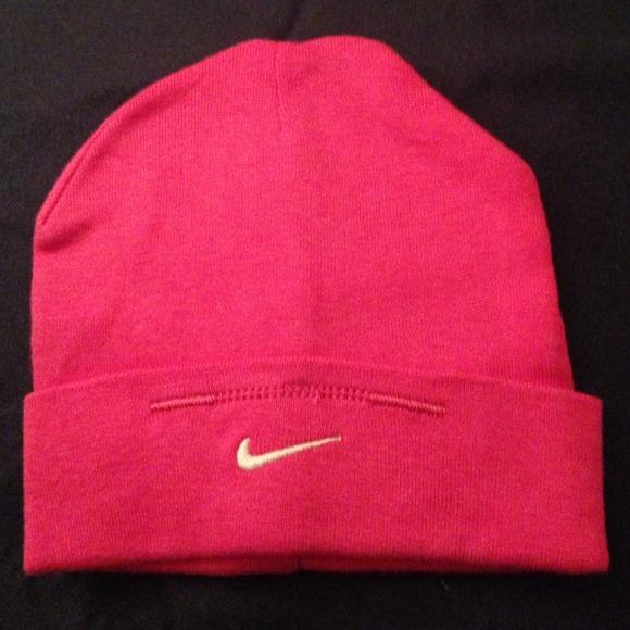 ba94d708ae9fb Pink baby girl nike hat. M 5248bdc2e76a4467f90171de