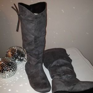 traffic Boots - 💕💙 New! Gray Flat Boots