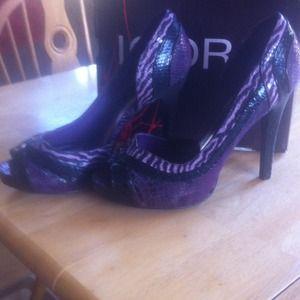 Shoes - Shoe bundle! Hold till Thursday!