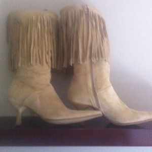 Boots - Suede fringe boot ON HOLD TILL FRIDAY!!!