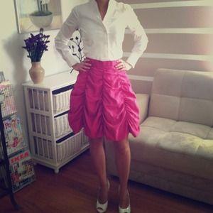 🎉X4 HOST PICK🎉Gorgeous italian vintage skirt 💞