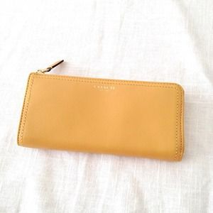 🔱Coach Leather Zip Wallet /mustard yellow 🔱