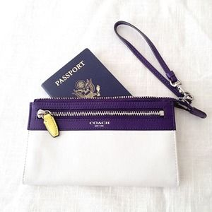 Coach Legacy Colorblock Zippy Wristlet Wallet