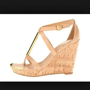 New in box DV by Dolce Vita nude wedge 8.5