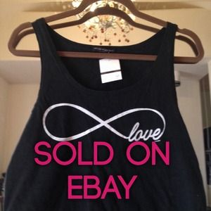Brandy Melville love infinity crop top