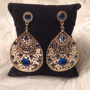 NWT-Gold and Teal Blue Stone w/White Earrings