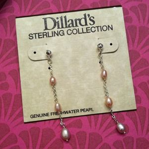 Jewelry - Genuine fresh water pearl earrings