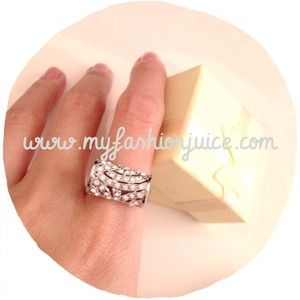 Jewelry - ❌Bundled in another listing❌Clearance new ring
