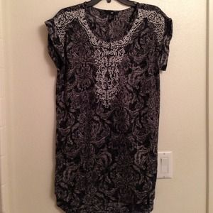 H&M Dresses & Skirts - SOLD🚫 H&M Tunic (sz 2)🚫