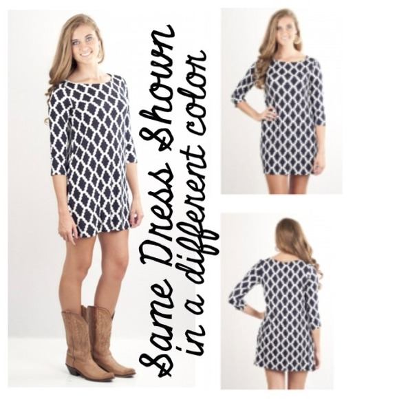 Hourglass Lilly Dresses Hourglass Lilly Shift Dress