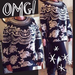 ❌BUNDLED❌Oversized Vintage black & white sweater