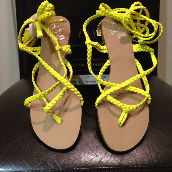 c0a4c596ecf Colin Stuart Shoes