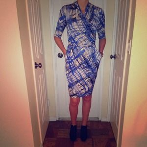 ✂️🎉HP 4/26🎉Catherine Malandrino Dress