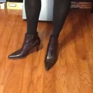 Dark brown Franco Sarto ankle boot, size 7.