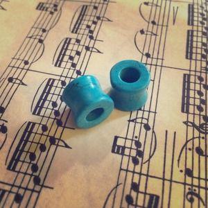 Jewelry - Turquoise Stone Plugs NWOT