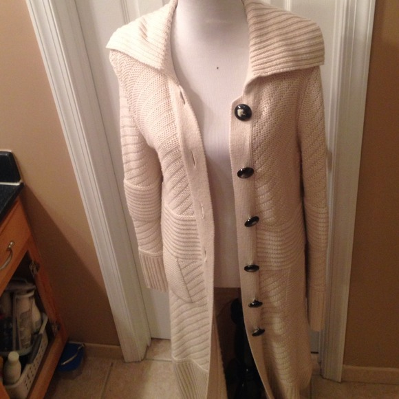 61% off VS MODA INTERNATIONAL Sweaters - Cream colored long length ...