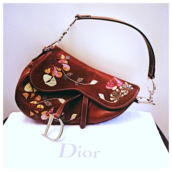 Dior Handbags - Christian Dior Embroidery Saddle Bag 74567a3411f11