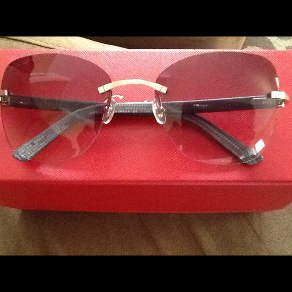 f1f410cda785 Authentic Woman s Cartier Glasses