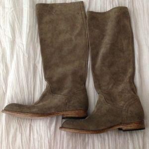 Alberto Fermani Shoes - Super soft suede boots!💕