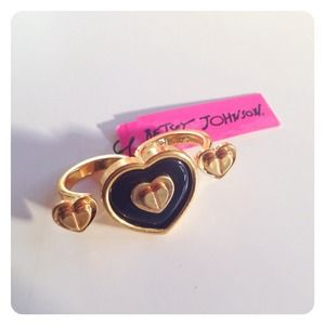 Betsey Johnson Heart Double Ring