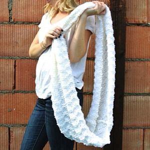 Accessories - White chevron infinity scarf