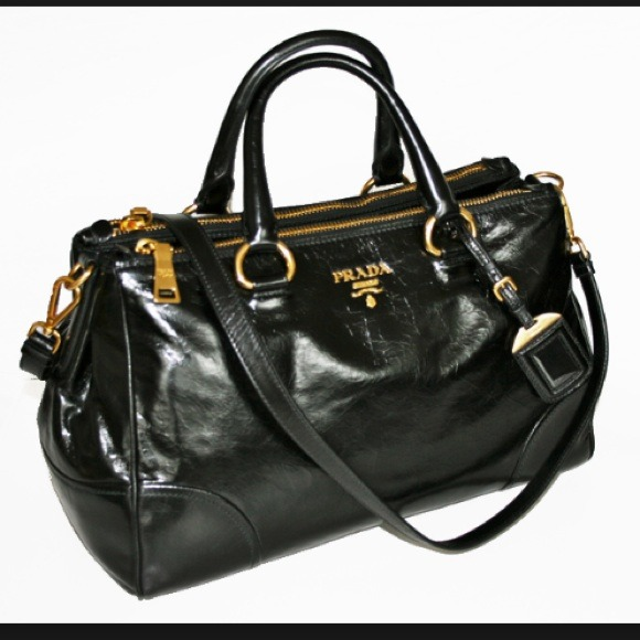 Fendi Satchels - Up to 70 off at