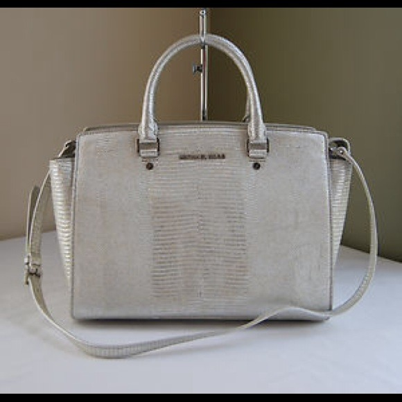 06a04b85b1c Michael Kors Bags   Sold Selma Handbag Silver Nwt   Poshmark