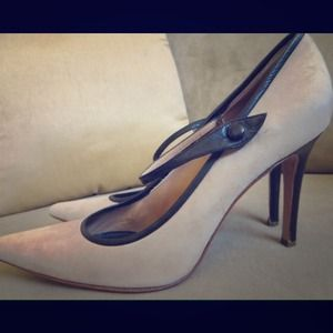 Valentino Garavani Suede Leather Heel Shoes.