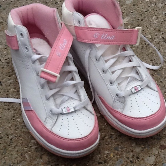 rBk g unit pink and white sneakers size 6. M 52504a508ae4a0575907a9de 5c775af3b