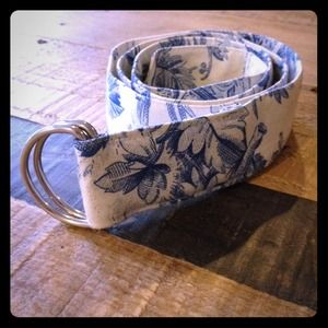 Suzanne Accessories - SOLD China print belt