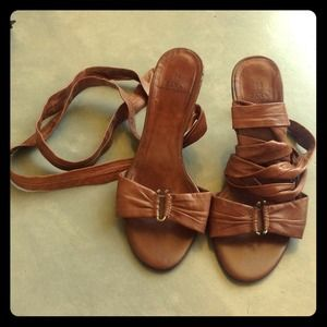 Soft leather strap Zara sandals