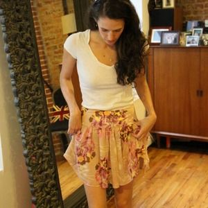 GAP Dresses & Skirts - GAP Chiffon Flirty Floral Pattern Skirt