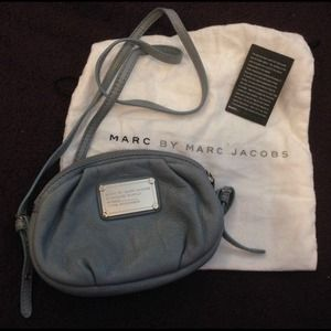 NO LONGER AVAILMarc Jacobs crossbody