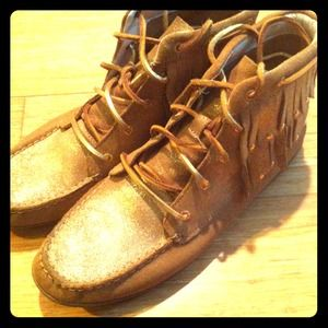 Sperry Top Sider moccasin boots
