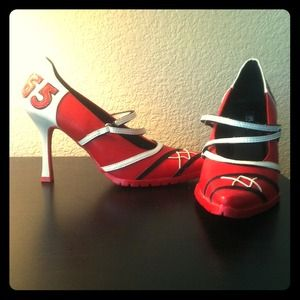 Fun Red Pumps!