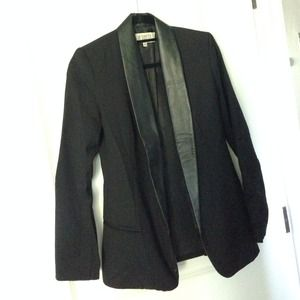 BB Dakota Blazer with Leather Detail (Size 0)