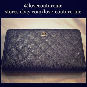 CHANEL Classic Black Caviar Quilted Zip Wallet
