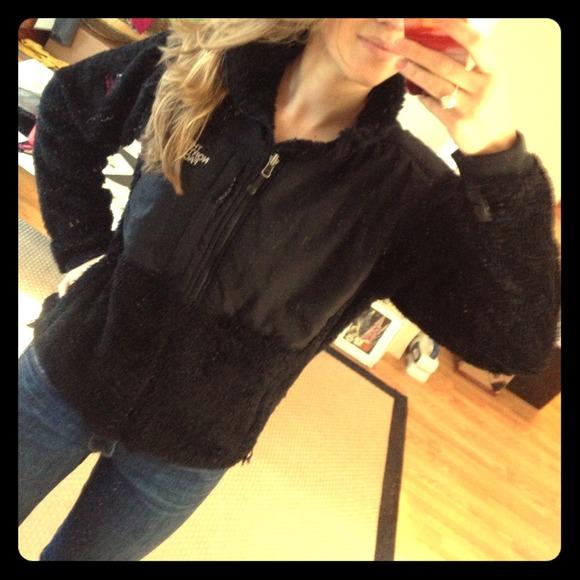 e139cc59f Black North Face summit series fuzzy fleece jacket