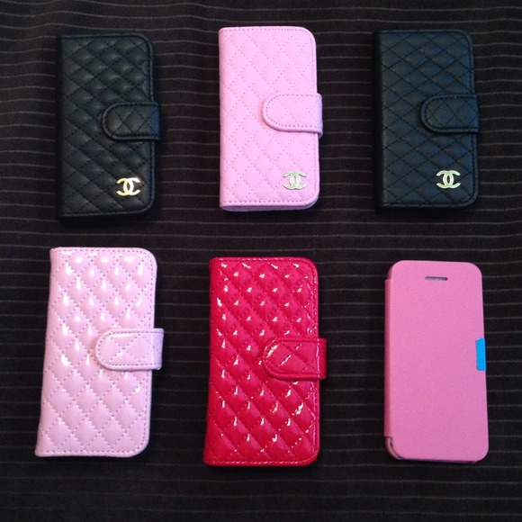 8684ec909ebf7b CHANEL Accessories | Quilted Leatherpaten Leather Iphone 5 Case ...