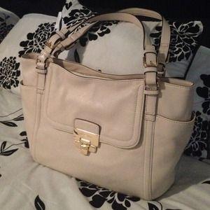 Michael Kors Handbag Brand New!!!