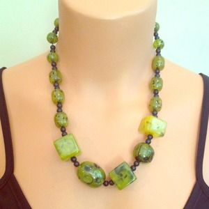 SALE green stone necklace