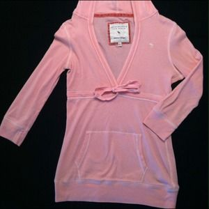 *SALE* Pink Abercrombie & Fitch hooded shirt