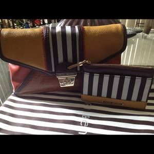 Henri Bendel clutch Limited Edition gifted to a f'd