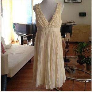 Dresses & Skirts - Romantic Ivory Dress