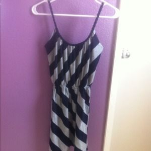 Diagonal striped dress (only $7 when u bundle) :)
