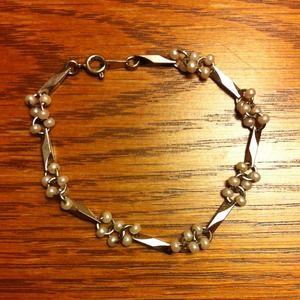 Jewelry - Super Cute Bracelet